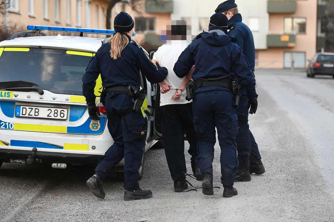 En misstänkt man greps efter den andra attacken men släpptes sedan.