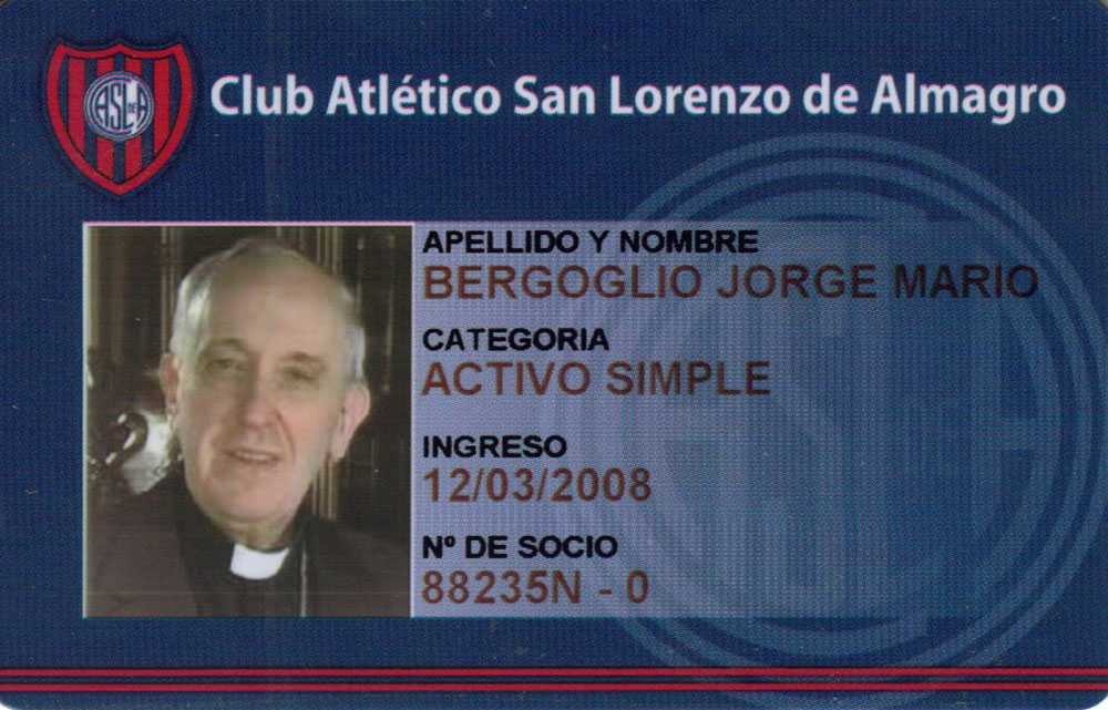 Påvens medlemskort i favoritfotbollslaget, San Lorenzo de Almagro.