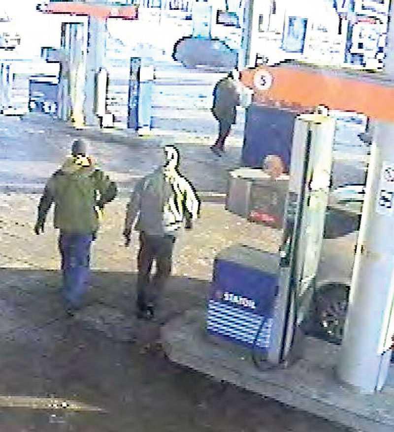 Grips av polisen Göran Lindberg stämde träff med en 14-årig flicka i Falun. På en bensinstation greps han av civilklädd polis.