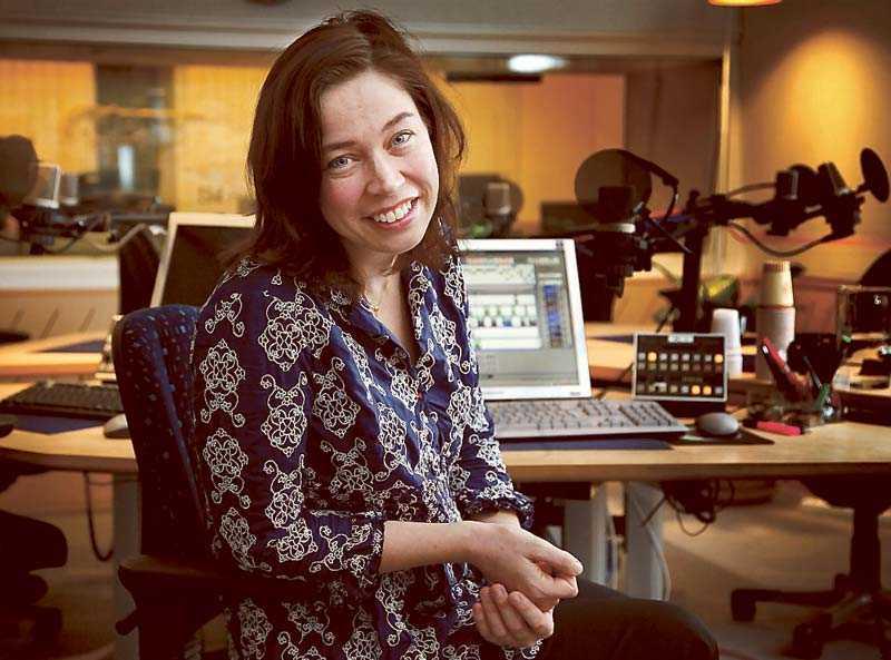 Radiojournalisten Marie Lundström får Axel Liffner-stipendiet på 30 000 kronor.