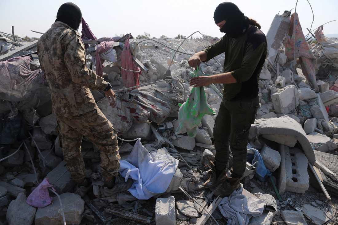 Området nära byn Barisha i syriska provinsen Idlib där Abu Bakr al-Baghdadi ska ha dödats. Bilden är från i söndags.