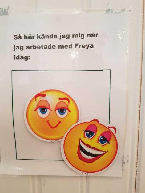 Freya är omtyckt bland eleverna i skolan.