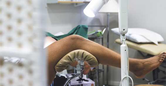 Sjuksköterskan la ut kvinnors gyn-uppgifter – på Instagram