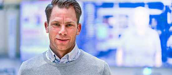 """Magnus Hjelmér varnar för prisbluffar på Black Friday: """"Det är ganska vanligt att butikerna höjer priset innan, för att sedan sänka det under rean."""""""