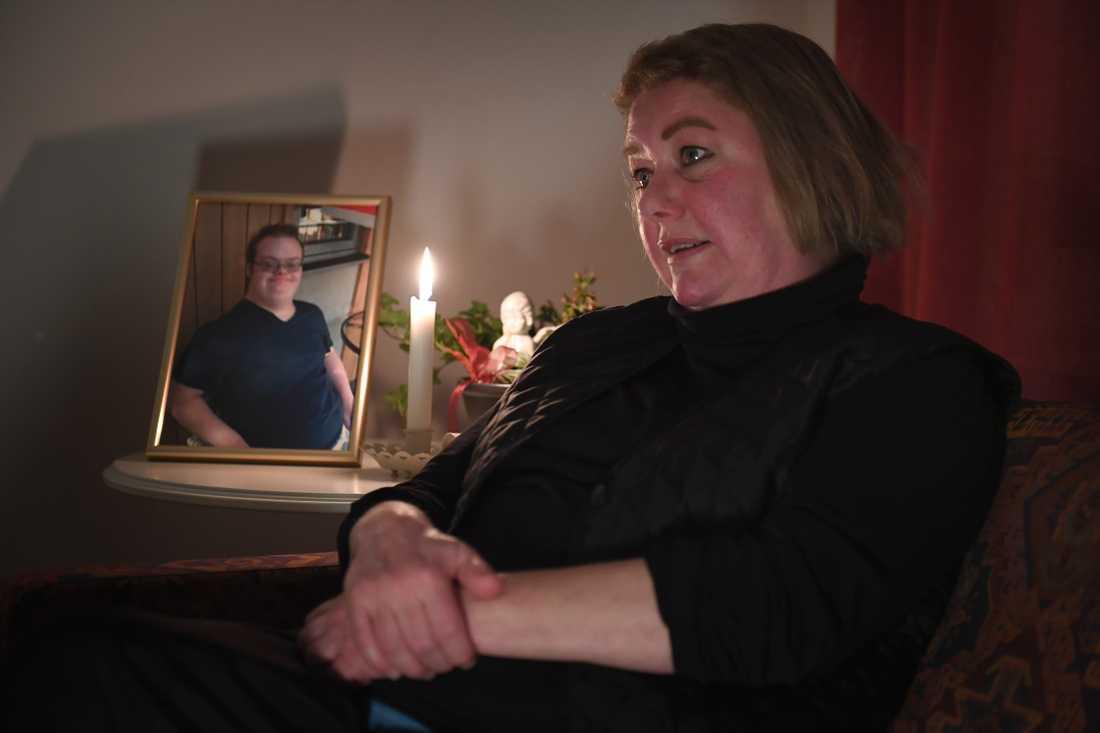 Vad hände under Eric Torells sista minuter i livet? Allt mamman Katarina Söderberg vill är att få klarhet.