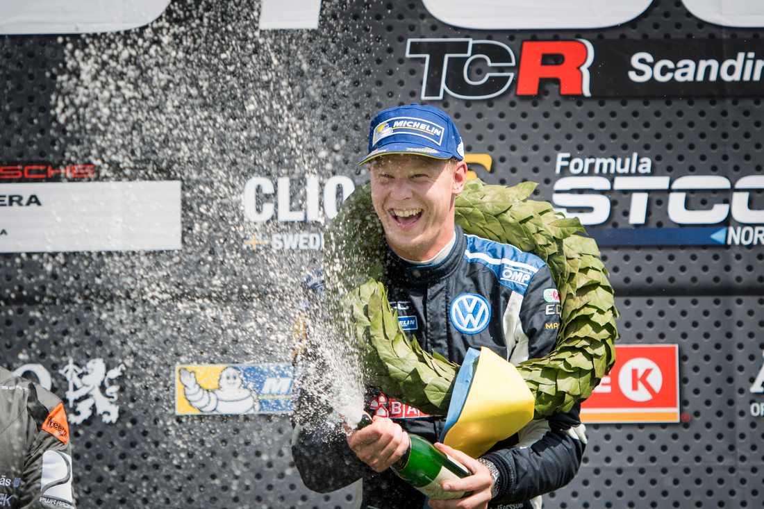 Världsmästaren i rallycross Johan Kristoffersson är en av utmanarna till titeln i årets STCC: Han vann mästartiteln 2012. Arkivbild.