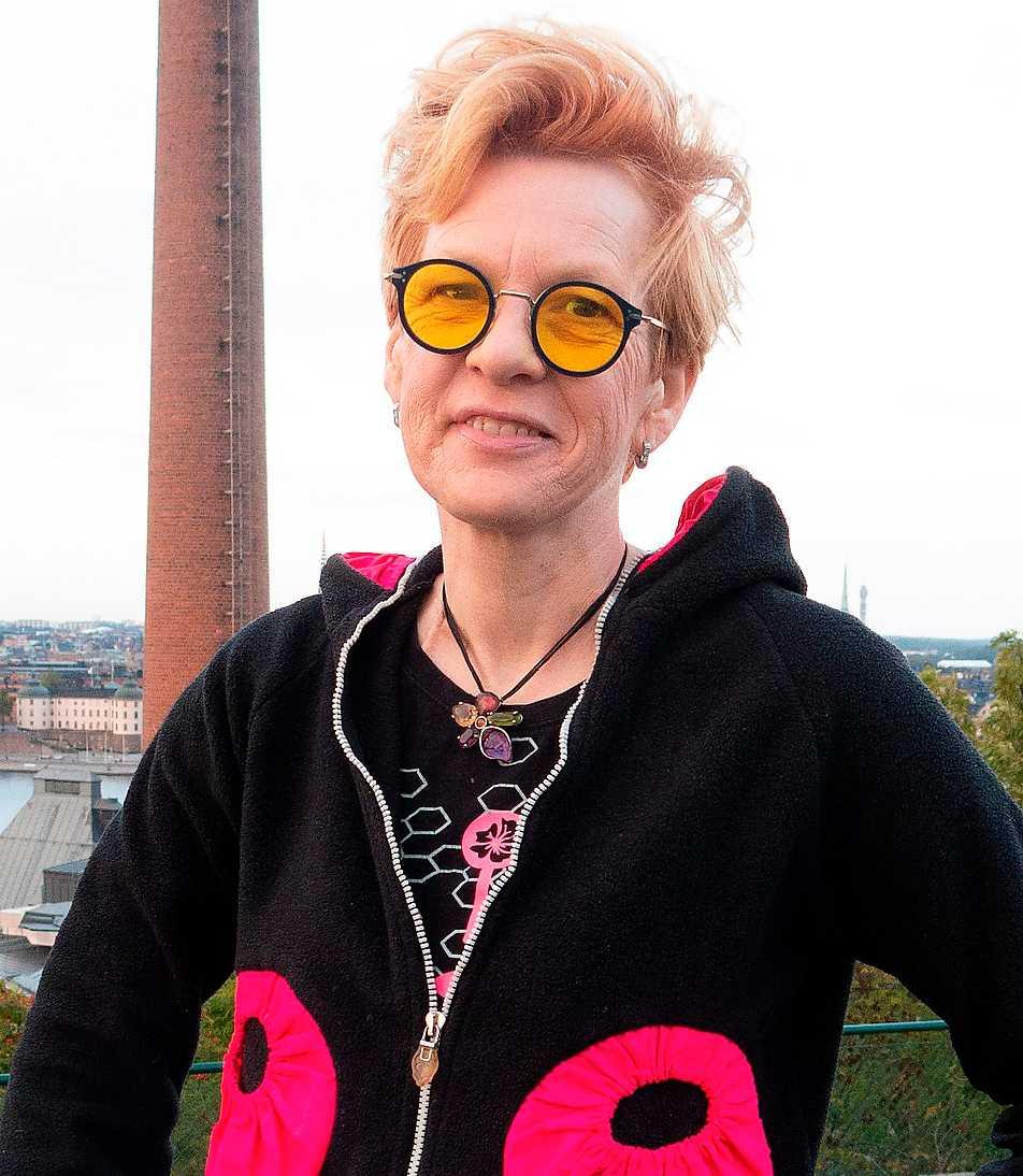 Beate Grimsrud (född 1963), norsk-svensk författare.