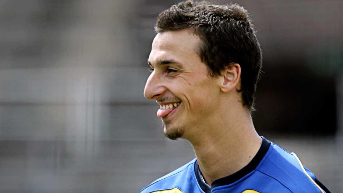 Skägg Zlatan tränar inför VM 2006 – i skägg.
