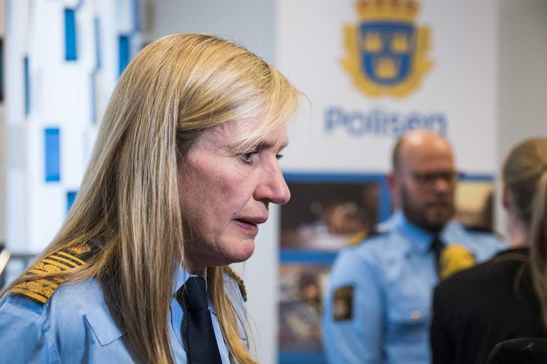 Carin Götblad flyttade in i en 6-rummare i fastigheten samtidigt som hon var stiftelsens ordförande.