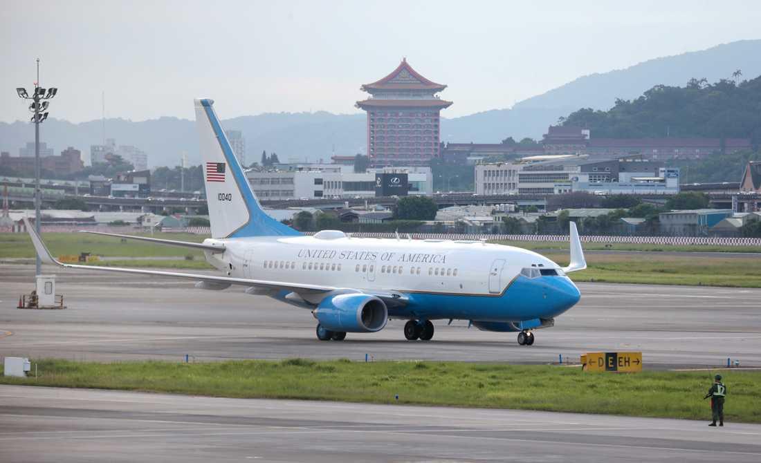 USA skickar tidigare högt uppsatta personer för möten i Taiwan.