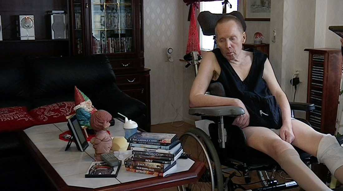 Trots sin svåra sjukdom nekas Arne assistans.