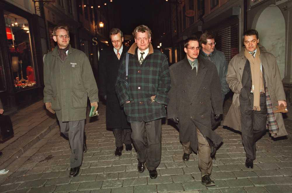 Per Unckel 1995 tillsammans med Carl Bildt, Mats Odell, Göran Hägglund och Jan Dinkelspiel. De hade haft en hemlig middag på Murmästarämbetet i Stockholm.