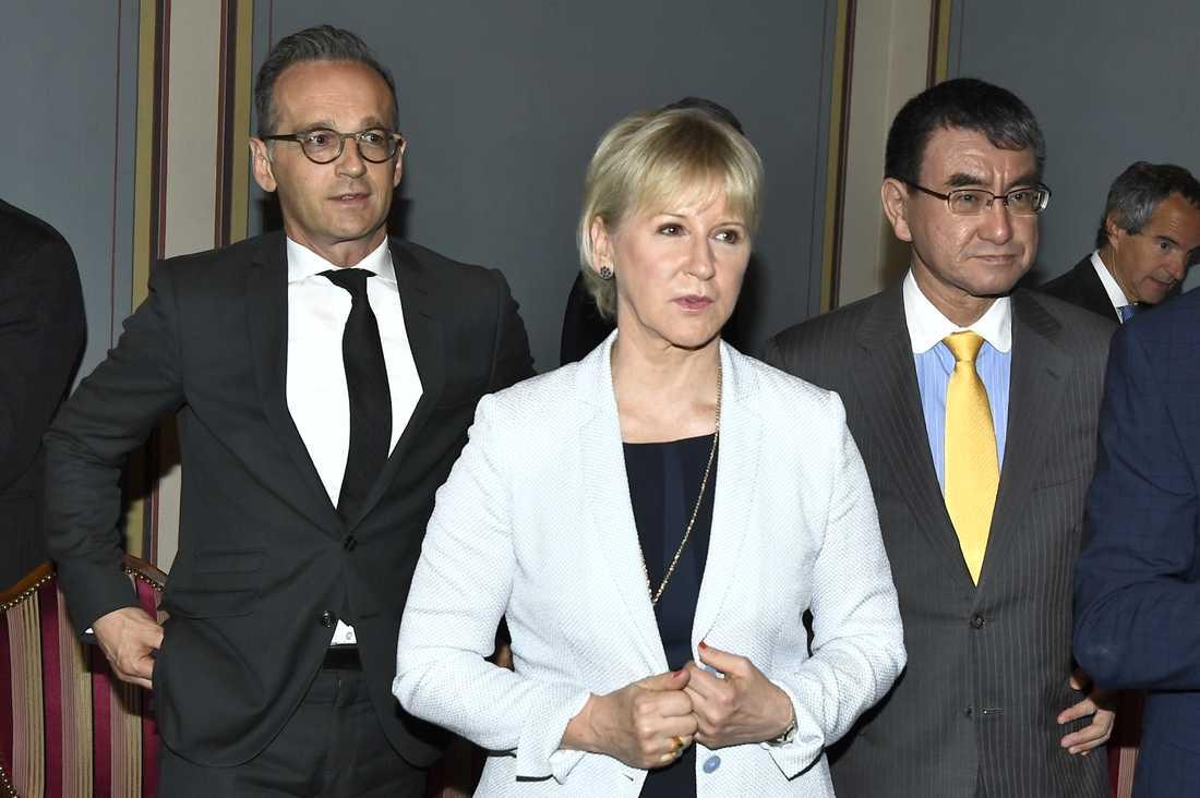 Sveriges utrikesminister Margot Wallström med sina kollegor Heiko Maas från Tyskland och Taro Kono från Japan.