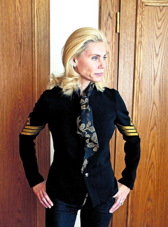 """besviken Anna Anka menar att svenska folket har dömt ut henne. Nu hoppas hon på Norge i stället. """"De säger att min tv-show är helt otrolig""""."""