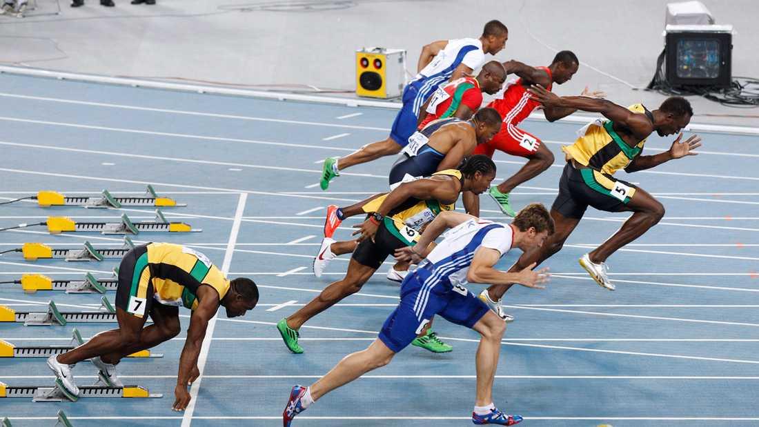 När startskottet väl ljöd var superstjärnan Bolt lite väl snabb.