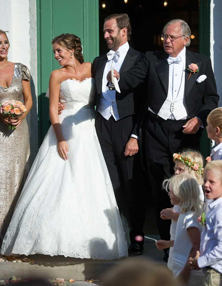 Jonas Bergström och Madeleines forna vän Stephanie af Klercker gifte sig i augusti 2013