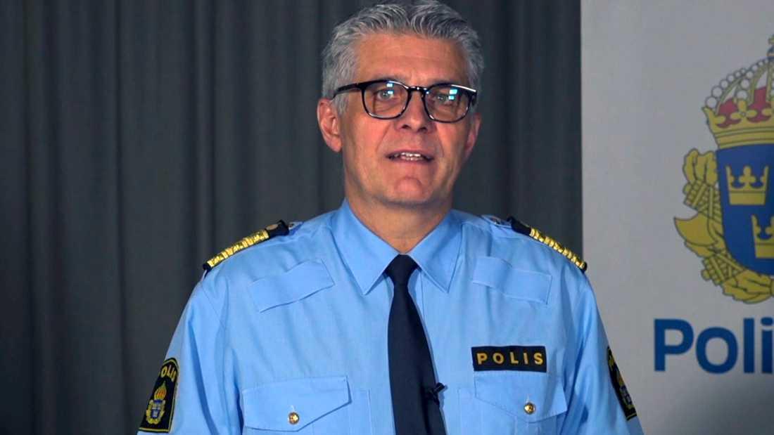 """""""För mig är ni hjältar och verkligen förtjänta av att utnämnas till Årets medborgare"""", säger rikspolischef Anders Thornberg."""