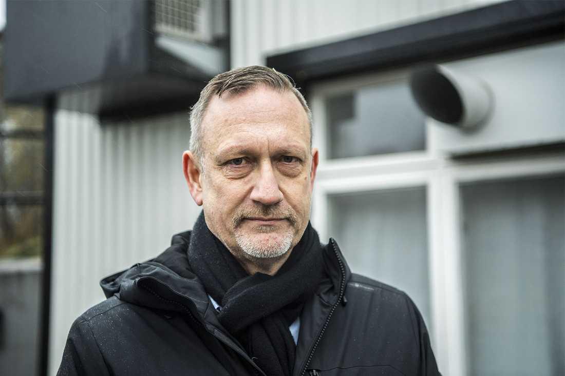 Flytten till Östersund kommer spara tio miljoner, enligt Arlas kommunikationsdirektör Gunnar Gidefeldt.