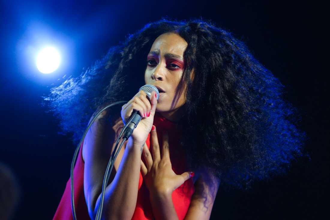 Solanges fjärde album påminner om en impressionistisk installation.