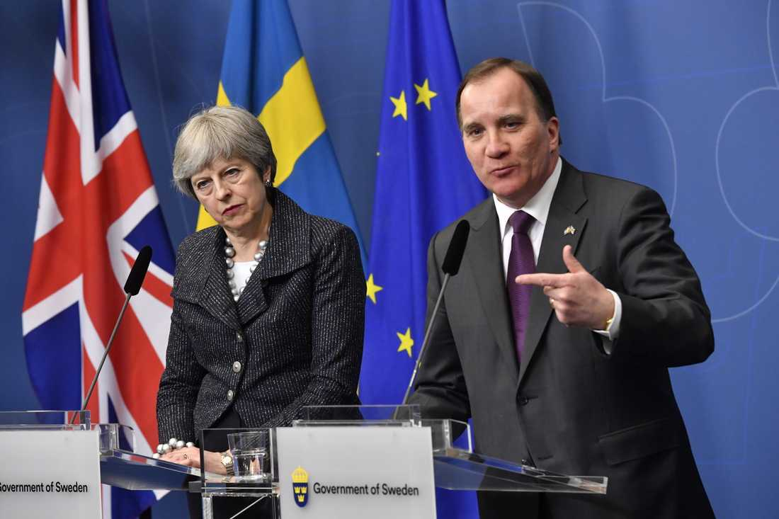 Statsminister Stefan Löfven (S) och Storbritanniens premiärminister Theresa May håller pressträff efter överläggningarna i Rosenbad.