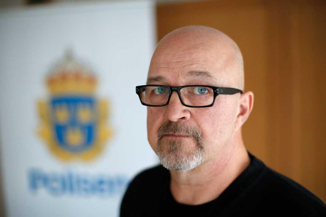 """""""Det utreds inte längre som mord, så det skrivs av som ett vanligt dödsfall"""", säger Sten-Rune Timmersjö, chef på polisens avdelning för grova brott i Fyrbodal."""