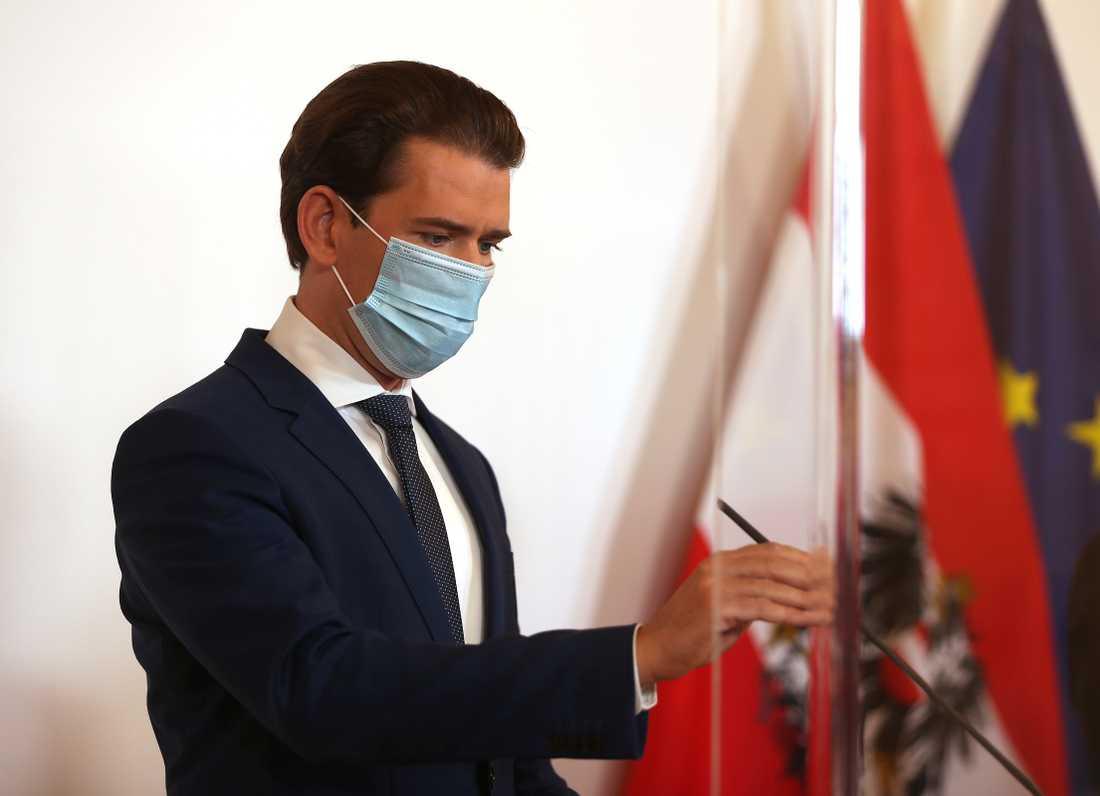 Österrikes förbundskansler Sebastian Kurz meddelar på lördagen att landet återigen ska stängas ned.