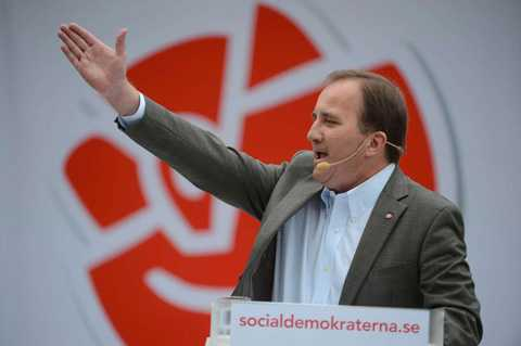 Stefan Löfven krävde att Syriens regim ska avgå.