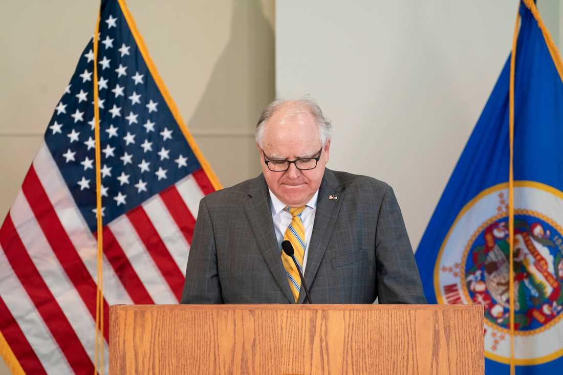 Minnesotas guvernör Tim Walz talar om oroligheterna i Minneapolis.