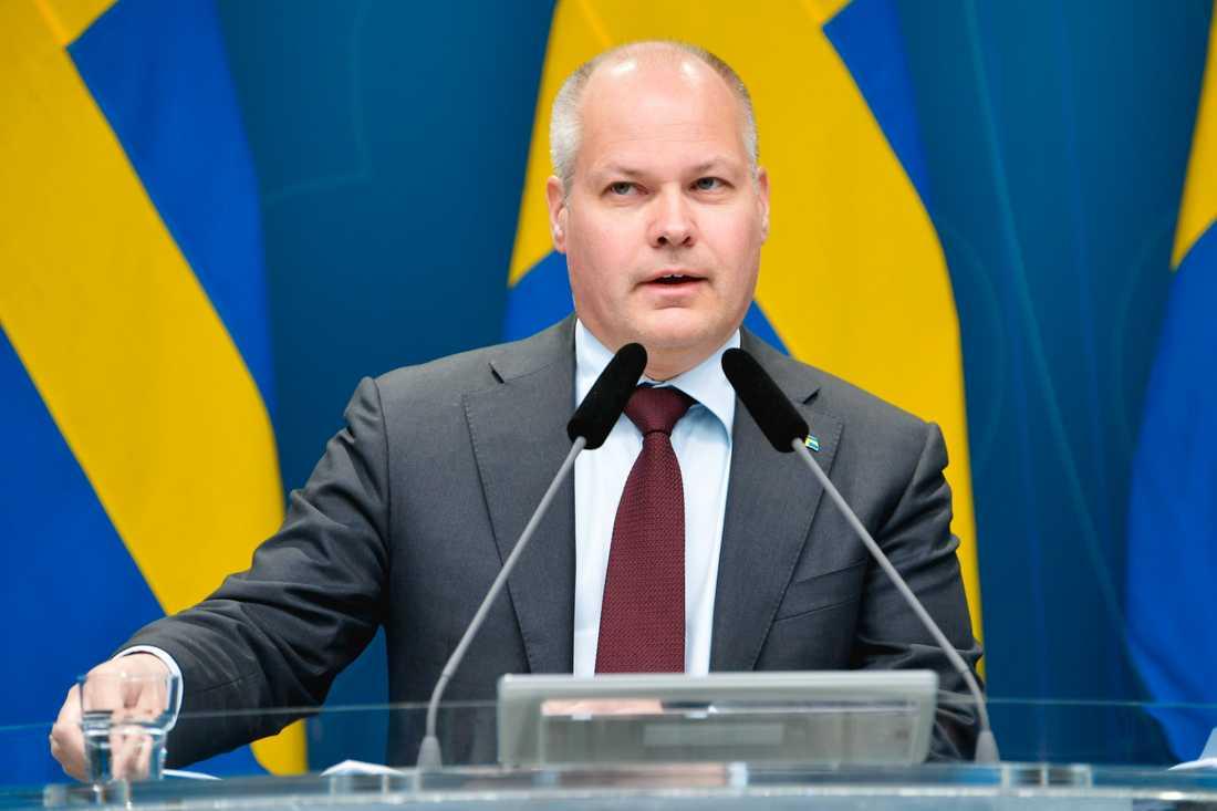 Justitie- och migrationsminister Morgan Johansson (S) presenterar åtgärder mot fusk med coronastöd.