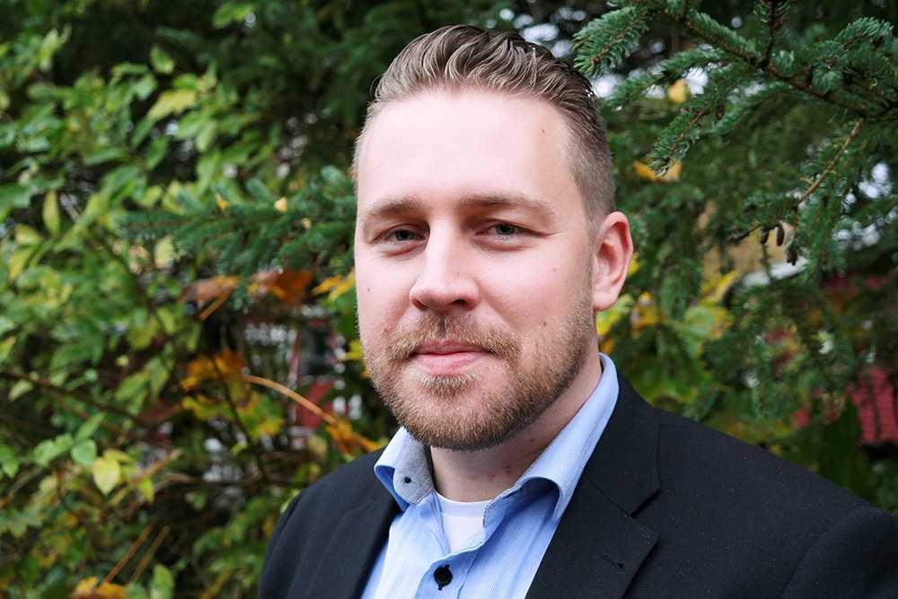 Mattias Karlsson har tagit över rollen som partiledare för SD på obestämd tid.