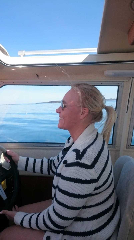 Ebba, 49, hittade brevet på en ö i Vättern.