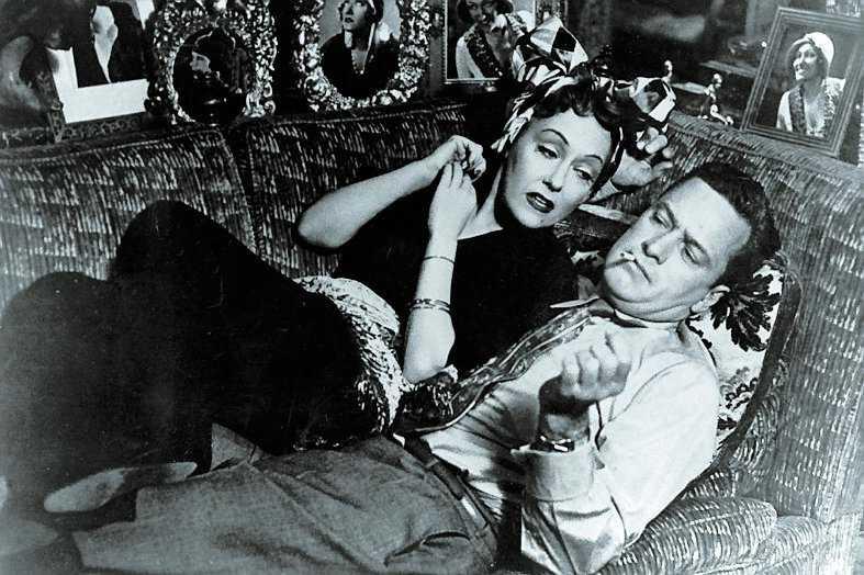 Gloria Swanson & William Holden, 1950.
