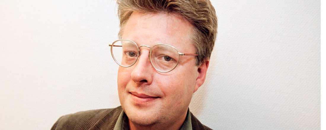 Stieg Larsson dog 50 år gammal i en hjärtattack i november 2004.