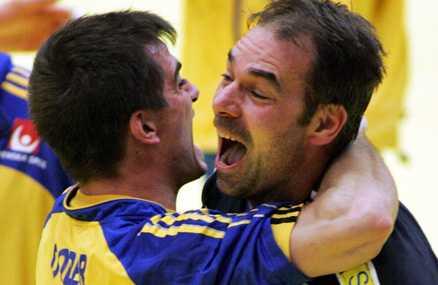 Tomas Svensson kan bli svensk målvaktscoach i VM.