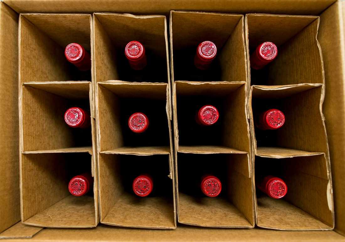 Andra vinflaskor. Arkivbild.