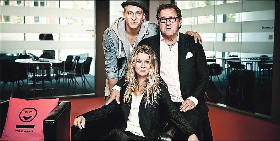 """TV3:s """"True talent"""" har hamnat i blåsväder sedan produktionsbolaget Mastiff erbjudit reportrar att skriva om programmet mot pengar. På bilden: programledarna Danny Saucedo, Tommy Körberg och Pernilla Andersson."""