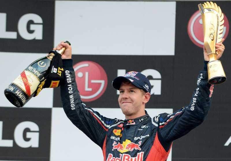 Sebastian Vettel vann igen – och leder nu med sex poäng.