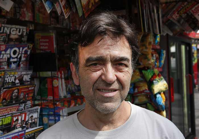 Pavlos Giannopolos, 54, chattar med läsarna i eftermiddag.