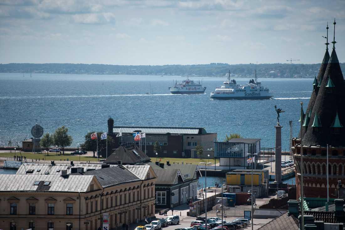 Blir det någon ny förbindelse mellan Helsingborg och Helsingör? I dagsläget går färjor mellan de närliggande grannstäderna. Arkivbild.