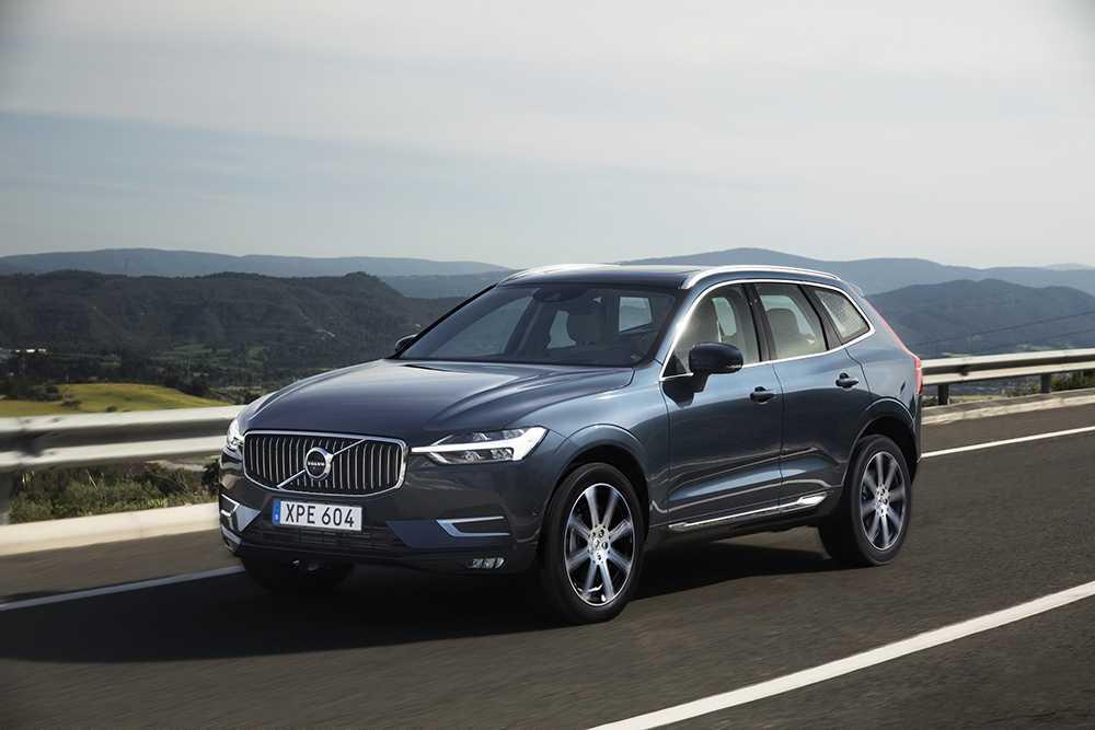 XC60 är en av Volvos två kandidater i omröstningen om världens bästa bil.