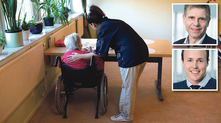 Konsekvensen av pensionsskulden kan bli högre kommunal- och regionalskatt för många av Sveriges invånare, skriver Greger Gustafson och Mattias Munter.