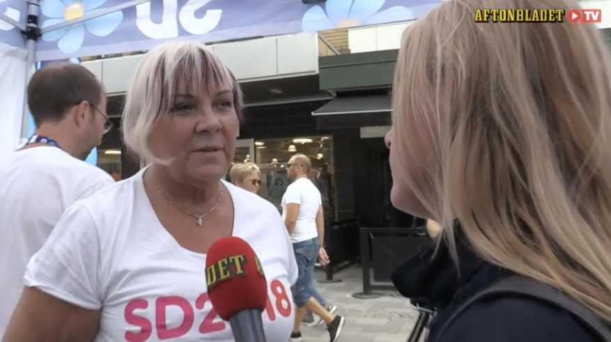 Här konfronterar Aftonbladet Elisabeth Peterson, Sverigedemokraternas andra namn på listan till kommunfullmäktige.