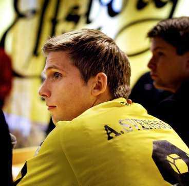 """DYRAST Anders Svensson fick 10 miljoner i sign on-bonus. Affären blev möjlig tack vare en skattelösning. Nu riskerar Elfsborg att granskas av skatteverket. """"Vi är inte oroliga"""", säger klubbdirektören Thomas Nyberg."""