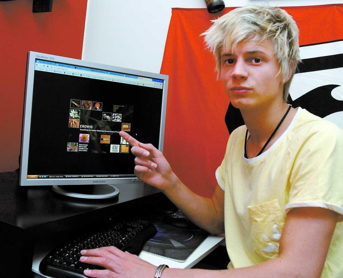 """Drogfyllt nätverk På uppdrag av Aftonbladet sökte 17-åriga Fredrik Bergfeldt droger på nätet. På bara några minuter hade han hittat ett dussin sajter som sålde allt från tung narkotika till örter med """"magiska egenskaper""""."""