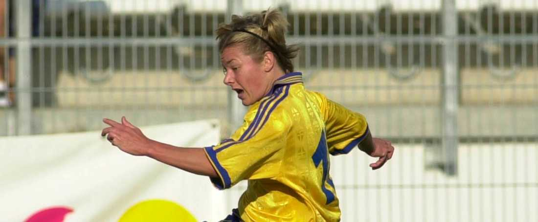 Tina Nordlund i landslagsdressen under Algarve Cup 2000.