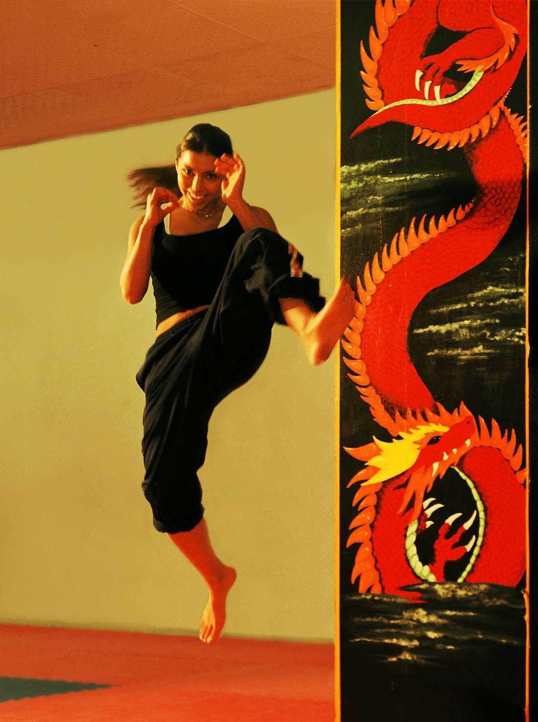 Aysu Yüksel tränar thaiboxning.