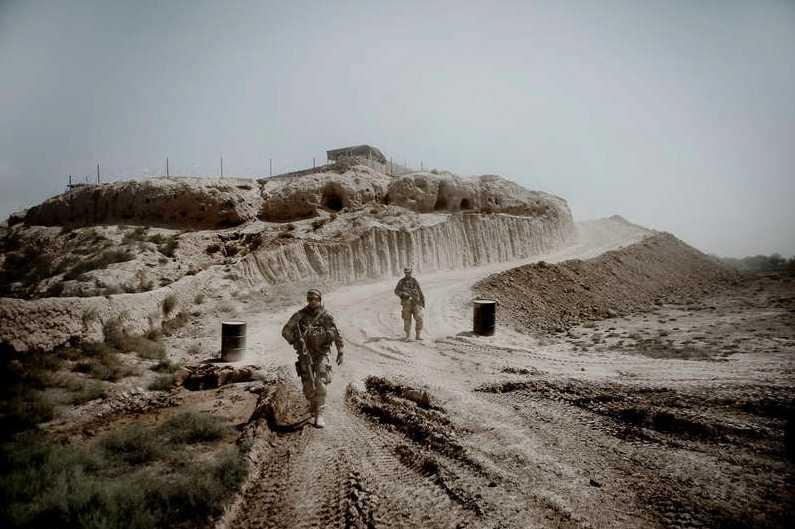 """I juni 2010 genomförde  svenska FN-soldaterna sin dittills största operation i Afghanistan. Svenska trupper och afghansk polis gick in i  motståndsnästet  Al-I-Zayi och byggde ett fort mitt i """"talibanland"""". Foto: Magnus Wennman"""