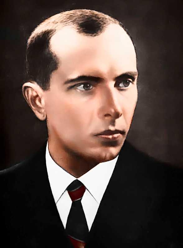 Stepan Bandera. Hyllas av ukrainas nationalister.