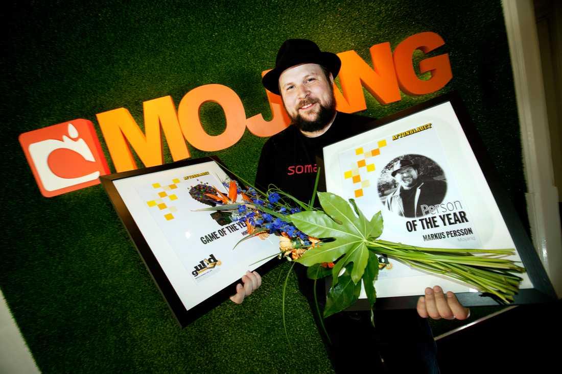 """MARKUS MOJANG PRISADES Nöjesbladets läsare röstade 2010 fram Markus Persson till Årets person i spelvärlden 2010, och """"Minecraft"""" till Årets indiespel."""