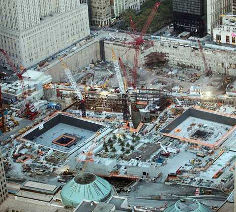 Ground Zero har blivit namnet på den yta där tvillingtornen tidigare stod. I dag planeras en moské att byggas i närheten, något som upprört pastor Terry Jones så pass att han hotat bränna Koranen på årsdagen av attackerna.
